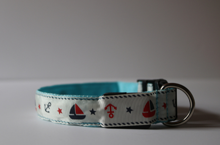 Blue Nautical LED Dog Collar (off)