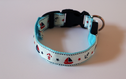 Nautical Blue Anchor LED Dog Collar (Off)