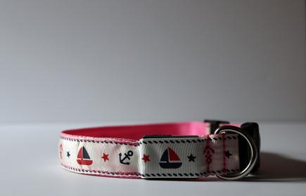 Pink Nautical LED Dog Collar (Off)